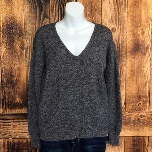 Theory Castra BB Harmony Hi-Low V-Neck Sweater - S